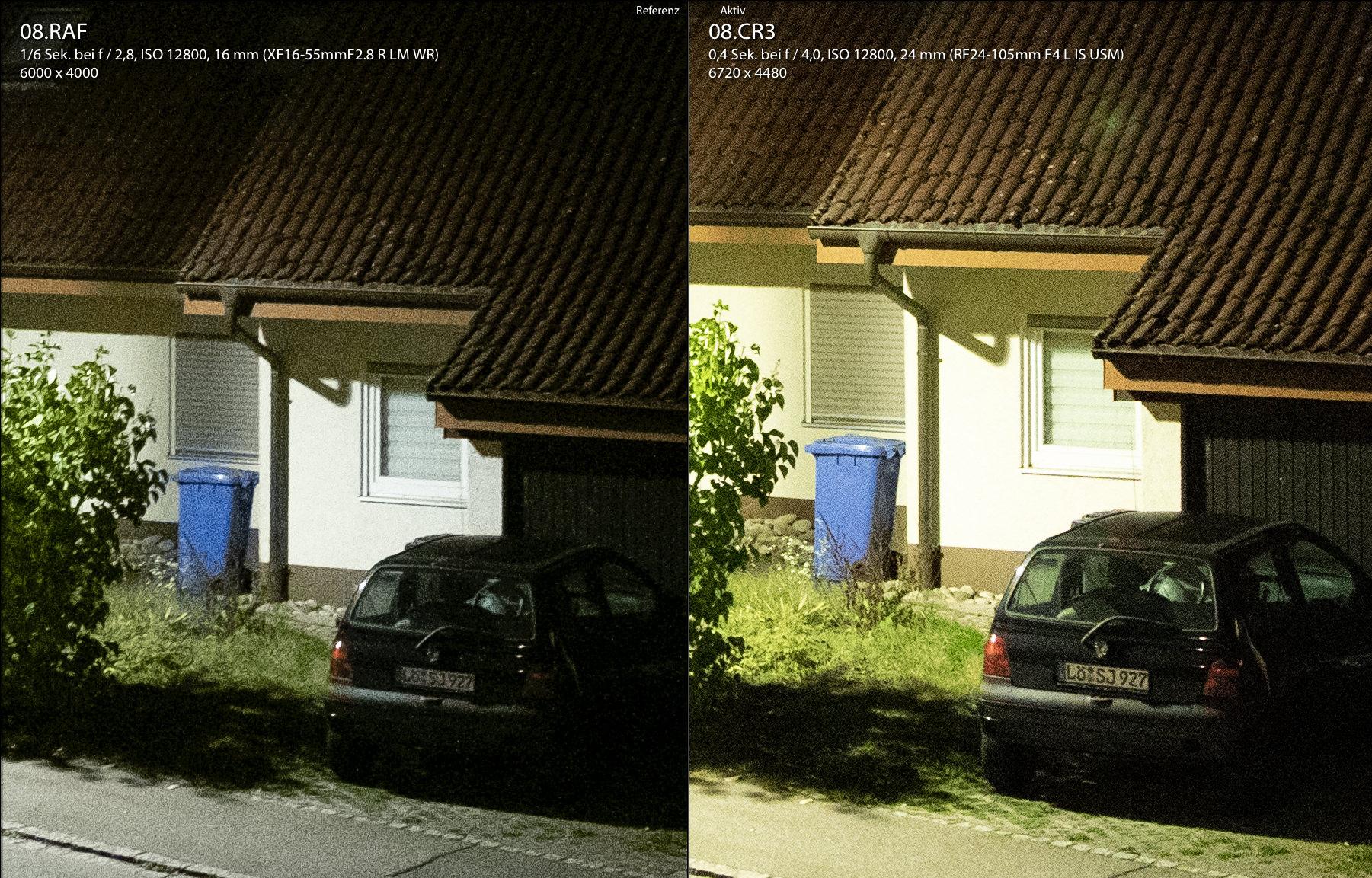 Auto vor Garage in Dunkelheit